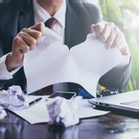 Как учесть налоги по недействительным сделкам